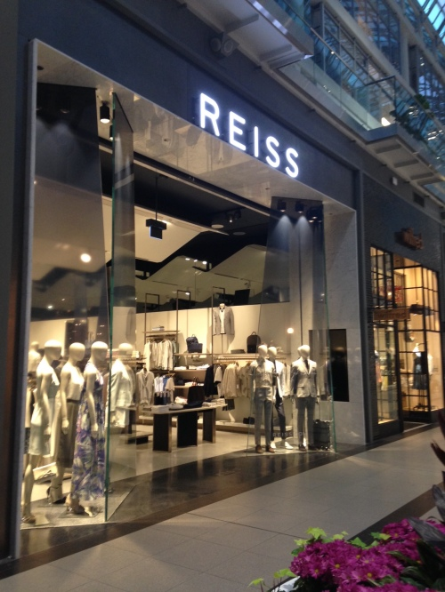Reiss store at the Toronto Eaton Centre. 802fcb4ee